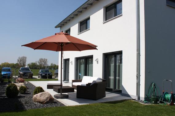 musterhaus ingolstadt kmh k hnlein massivhaus gmbh. Black Bedroom Furniture Sets. Home Design Ideas